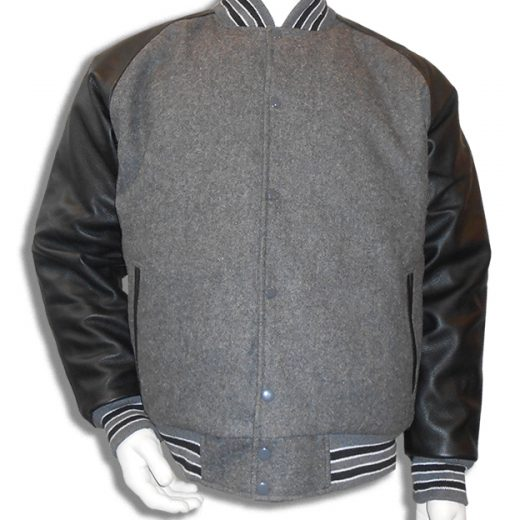 Baseball jas Grijs met zwarte leren mouwen; 2 zwarte en 4 witte biezen